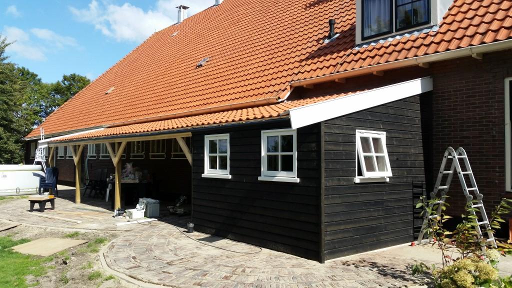 Veranda terras zwitserland kluswerk nh for Houtskelet schuur
